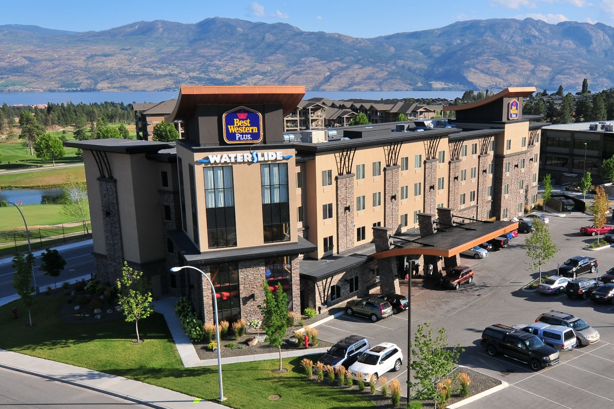 Best Western Plus Wine Country Hotel & Suites